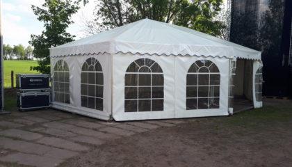 10. sechseckiges Zelt
