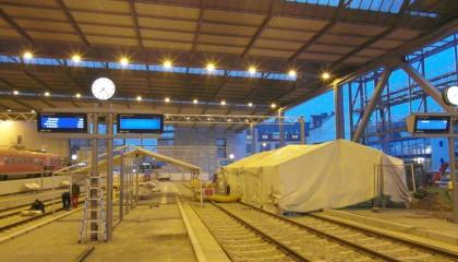 01. Schutzzelt auf dem Hauptbahnhof in Chemnitz